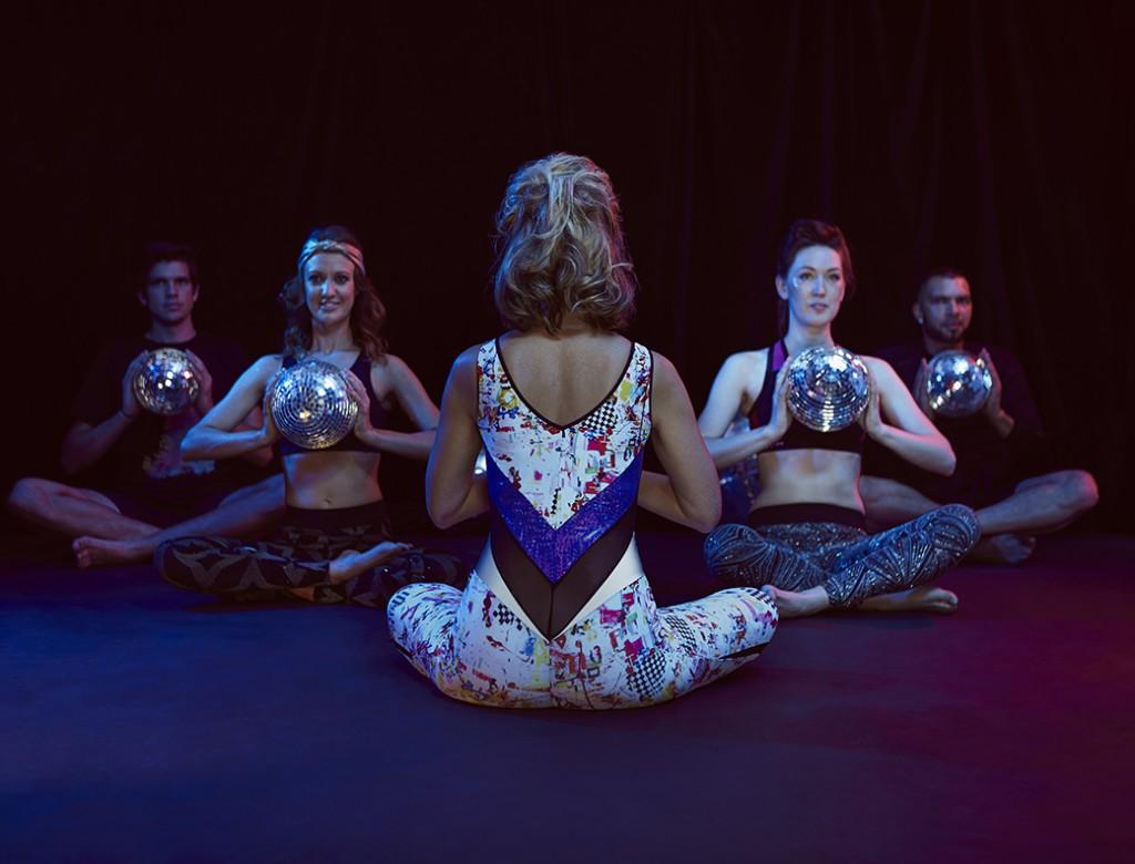 Disco Yoga (1)