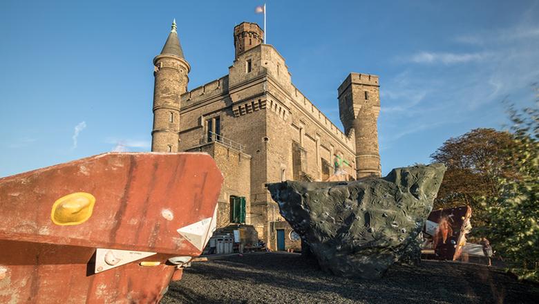 Castle Climbing_EXTERIOR_022